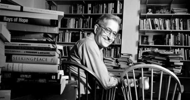Noam-Chomsky-1024x540